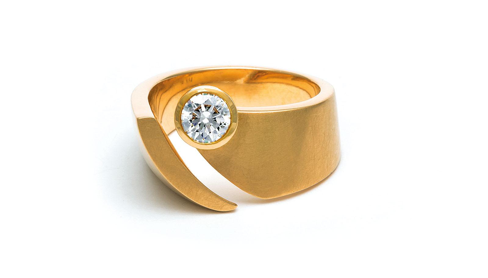 Diamant im Brillantschliff, 750 Gelbgold